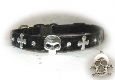 Black Goth Kitty Skull Cat Collar